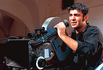 Fatih Akin on the set of Solino